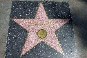 Stern von Elvis Presley am Hollywood Blvd. Los Angeles